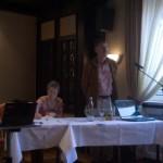 Antje Hassenpflug und Gerhard Windler eröffnen die Mitgliederversammlung des BVDM